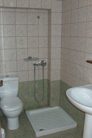 apartment 5 blazis house bathroom