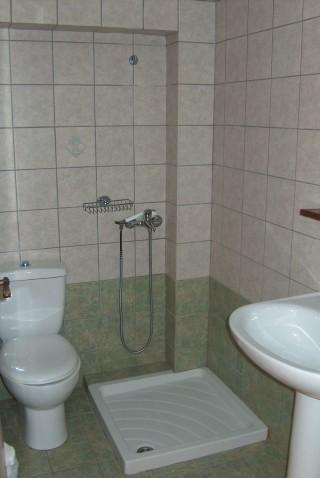 apartment 6 blazis house bathroom