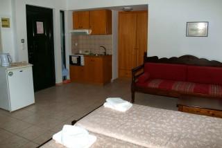 studio 3 blazis house room